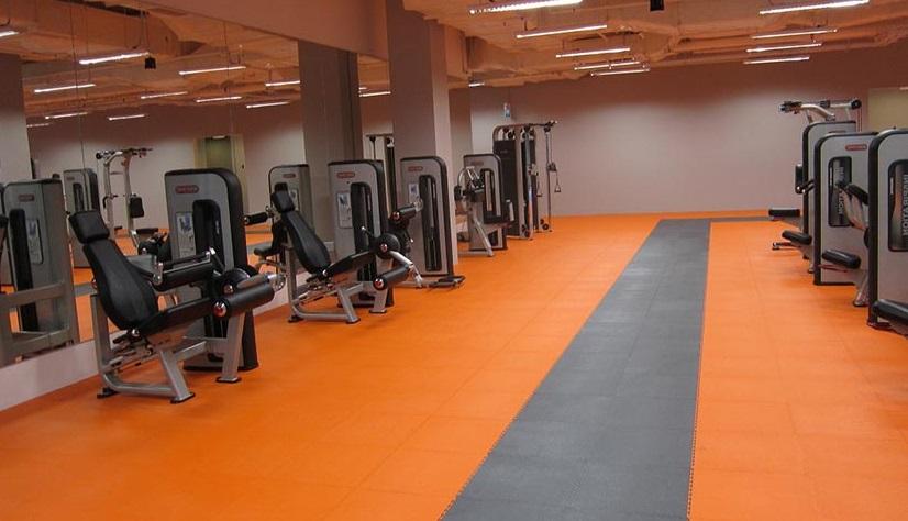 suelo para gimnasios